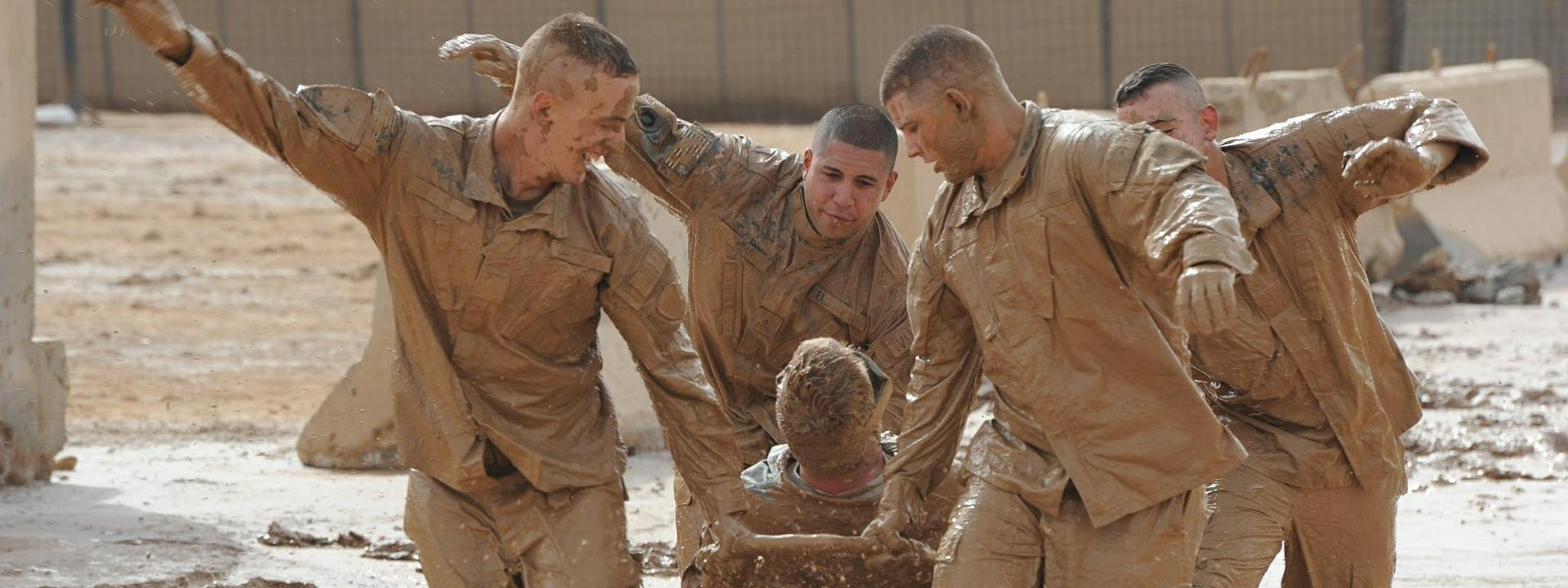 teamwork-training-exercise-615178_1920_cover.jpg